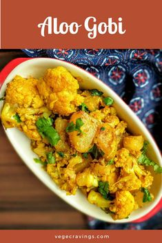 Aloo Gobi is a very popular North Indian dish made up mainly of potatoes and cauliflowers and flavored with traditional Indian spices. Gobi Recipes, Curry Recipes, Potato Recipes, Indian Food Recipes, Vegetarian Recipes, Cooking Recipes, Indian Foods, Paneer Recipes, Vegetarian Dinners