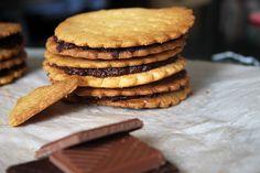 BATTLE-FOOD 32 SABLÉS AU CHOCOLAT COMME DES PRINCES DE LU Oreo, Bon Appetit, Cookies, Snacks, Vegan, Comme, Breakfast, Desserts, Food