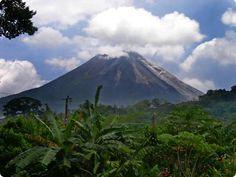 INTERNATIONAL LISTING. Costa Rica! 4 mountain-jungle lots, with incredible volcano views (actual picture). Commercial potential, owner financing available.