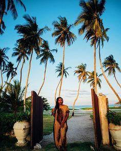 Allll the Kenyan fly from the coastal gem known as #Mombasa with @afrowatta . Make this your reality...and thank us later! Travel Well #TravelFly! :::::::::::::::::::::::::::::: #PassportLife #BlackGirlsTravel #PassportReady #Travel #BrownGirlsTravel #DoYouTravel  #Wanderlust #Fernweh #TravelTheWorld #TravelOn #BlackTravelers #TravelAddict #TravelJunkie #TasteInTravel #LadiesGoneGlobal #LuxeTravel #WellTraveled #InspireToTravel #TravelLife #TravelGram #TravelBetter #IGTravel #WeTravel…