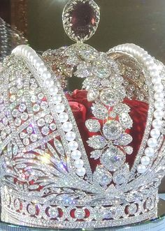 Imperial Crown of Russia | File:Imperial Crown of Russia (copy by Smolensk Diamonds company, 2012 ...