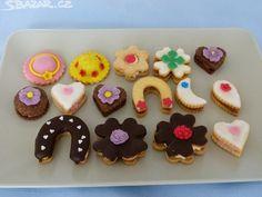 Výsledek obrázku pro svatební cukroví Christmas Cookies, Sugar, Food, Xmas Cookies, Christmas Crack, Christmas Biscuits, Essen, Christmas Desserts, Meals