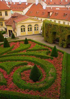 https://danwander.wordpress.com/2017/04/02/the-vrtbovska-garden-in-prague-czech-republic/