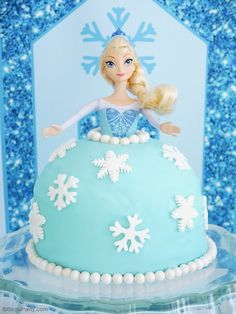 How to make an easy Elsa Frozen doll cake for a Frozen birthday party - Step by step with video tutorial!