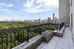 160 Central Park South - Apt: 1201  Manhattan, Central Park South: Central Park unobstructed views from 12th Floor expansive home along with your very own 40' Terrace, all overlooking the entire Park, place you front and center in this superb Manhattan location! Open Living-dining-kitchen flow together extremely well in the contemporary layout making this elegant space very comfortable for any lifestyle and ideal for entertaining.
