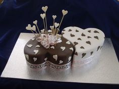 Adelaide Engagement Cakes, Adelaide Anniversary Cakes | Tracey's Creations Cakes