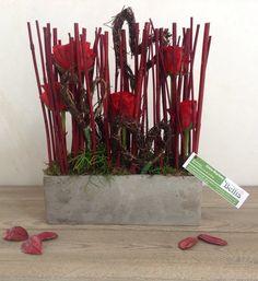 Voorjaarsworkshop Bellis Westvleteren. Parallel bloemstuk met een romantische toets. Februari 2014