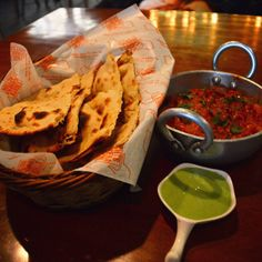 crittertank Tandoori Roti, Delhi India, Chutney, Food Porn, Asia, Mint, Ethnic Recipes, Goa India, Chutneys
