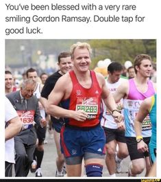 You've been blessed with a very rare smiling Gordon Ramsay. Double tap for good luck. Really Funny Memes, Stupid Funny Memes, Funny Relatable Memes, Funny Tweets, Haha Funny, Funny Stuff, Dnd Funny, Funny Pranks, Hilarious
