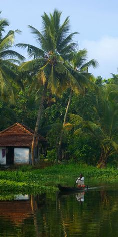 Pictures like this testify that Kerala is one of the most beautiful places in India. Goa India, South India, Lonely Planet, Landscape Photography, Nature Photography, Village Photography, Places To Travel, Places To Visit, Kerala Backwaters