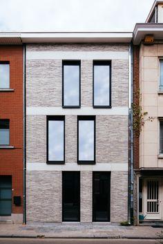 Home design exterior simple facades 46 ideas Modern Architecture Design, Brick Architecture, Facade Design, Beautiful Architecture, Exterior Design, Brick Facade, Facade House, Cool House Designs, Modern House Design