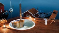 Skargards Badestamp, vedfyrt eksklusivt utendørsbad som er lett å vedlikeholde. Badestamper i plast, utendørsspa, Hot-tub.