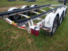 King Trailers Inc., boat trailer, 6 wheels, w spare, used, max load weight: 17,810lbs, total weight estimated, no preview, no assistance available, 48 hour request to Site Manager Norfolk, Virginia for removal, customer tows/loads, no assistance available