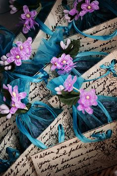 Gypsy Purple home. Purple Wedding, Floral Wedding, Wedding Favors, Party Favors, Turquoise Cottage, Afternoon Tea Parties, Purple Home, Goodie Bags, Craft Gifts