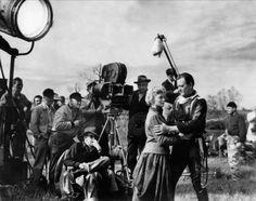 La diligencia. Año: 1939. Director: John Ford. PREMIOS 1939: 2 Oscars: Mejor Actor de Reparto (Thomas Mitchell), bso (adaptada). 7 nominaciones