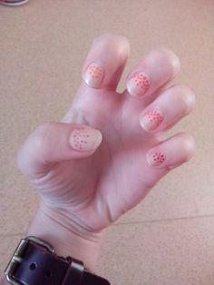 nude dots nails
