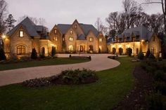 Intown Atlanta Luxury Real Estate. one of Struttura's showhomes, The Ridgewood Holiday House of 09 struttura.us
