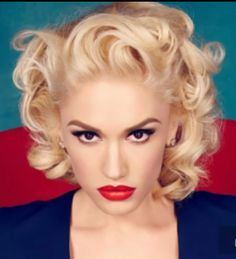 Hot 100 Chart Moves: Gwen Stefani Debuts With 'Make Me.: Hot 100 Chart Moves: Gwen Stefani Debuts With 'Make Me Like You'… Gwen Stefani No Doubt, Gwen Stefani And Blake, Gwen Stefani Style, Gwen Stefani Makeup, Jamie Nelson, Gavin Rossdale, Up Girl, Vintage Hairstyles, Vintage Updo
