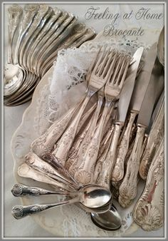 Vintage Silver, Antique Silver, Silver Platters, Zinn, New Hobbies, Flatware, Tablescapes, Sterling Silver, Country