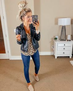Outfits 2019 Outfits casual Outfits for moms Outfits for school Outfits for teen girls Outfits for work Outfits with hats Outfits women Cute Fall Outfits, Mom Outfits, Winter Fashion Outfits, Fall Winter Outfits, Everyday Outfits, Everyday Fashion, Autumn Winter Fashion, Spring Outfits, Casual Outfits