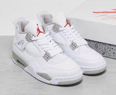 Nike Air Jordan Retro, New Nike Air, Jordan 4, Retro 4 Oreo, Converse, Retro Shoes, Athletic Fashion, Athletic Shoes, Shoe Box
