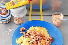 Das Rezept für Curry-Rührei mit Krebsfleisch mit allen nötigen Zutaten und der einfachsten Zubereitung - gesund kochen mit FIT FOR FUN