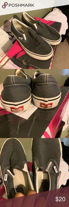 Vans Slip On Sneaker Sz 9.5 Hi ! For sale are a pair of vans slip 3e403182d