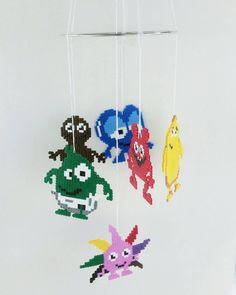 """91 gilla-markeringar, 8 kommentarer - Panduro Hobby återförsäljare (@craftstoreovik) på Instagram: """"Gjorde en mobil av de populära @babblarna Mönstret på pärlplattorna kommer från fantastiska…"""" Diy For Kids, Crafts For Kids, Mobiles, Preschool Themes, Perler Beads, Pixel Art, Diy Baby, Presents, Xmas"""