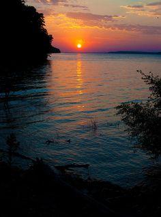 ✯ Sunset at the Lake