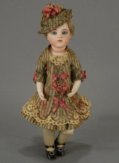 Beautiful Bebe Bru, just one of many that will exhibited at the Grovian in Spring 2015.