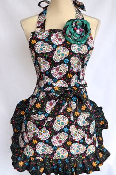 Hey, I found this really awesome Etsy listing at https://www.etsy.com/listing/234391283/womans-full-apron-double-ruffled-dia-de