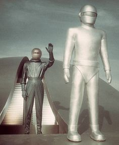The Day the Earth Stood Still (1951). Michael Rennie, Patricia Neal