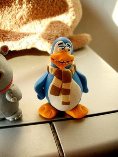 polymer clay pinguin