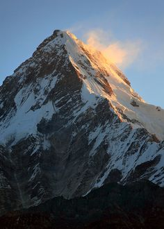 Annapurna. I am in love with these mountain pictures.