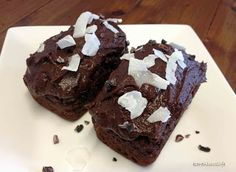 KARENLUVSLIFE: High protein chocolate mini cakes with special icing