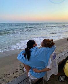 Beach Vibes, Summer Vibes, Cute Friends, Best Friends, Good Vibe, Summer Dream, Best Friend Pictures, Summer Aesthetic, Teenage Dream