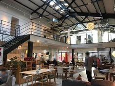 写真 : アトリウム カフェ (Atrium cafe) - 高崎問屋町/カフェ [食べログ] Gunma, Atrium, Outdoor Decor, Home Decor, Decoration Home, Room Decor, Interior Decorating