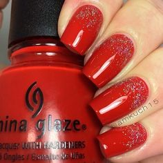 Bright shellac, Dusty nails, Gel lacquer manicure, Glitter nails, Gold nails, Long nails, Medium nails, Nails with silver