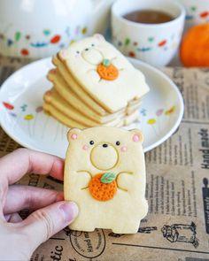 Bear Cookies, Cute Desserts, Cafe Food, Royal Icing Cookies, Cookie Designs, Sweet Cakes, Aesthetic Food, Kids Meals, Food Videos