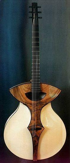 Acoustic Guitar - Une acoustique de lutherie Pagelli. Retrouvez des cours de #guitare d'un nouveau genre sur www.mymusicteache... !
