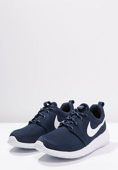 Nike Sportswear Rosherun - Chaussures De Sport Laag - Marine Minuit / Noir / Blanc