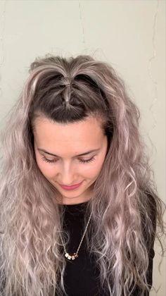 Bun Hairstyles For Long Hair, Hairstyles For Concerts, Cute Hairstyles, Short Hair Bun, Curly Hair Styles, Medium Hair Styles, Aesthetic Hair, Hair Videos, Cute Updos Easy