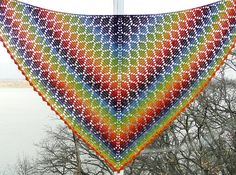 Ravelry: Flying Diamonds Shawl pattern by Vicki Mikulak