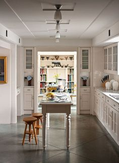 At Home with Architect Michael Graves - Traditional Home® Kitchen Scored and hand tinted concrete floors White Kitchen Backsplash, White Kitchen Island, Kitchen Cabinet Colors, White Kitchen Cabinets, Kitchen Colors, Kitchen Walls, Wood Cabinets, Kitchen Interior, Kitchen Dining