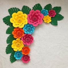 Paper Flowers Craft, Giant Paper Flowers, Flower Crafts, Diy Flowers, Paper Crafts, Monster Party, Moana Party Decorations, Happy Birthday Wallpaper, Diy Birthday Banner