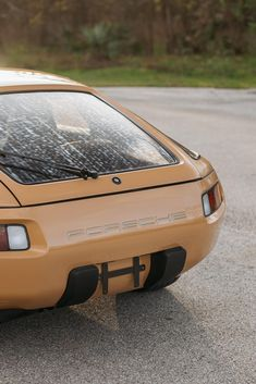 Bonhams Fine Art Auctioneers & Valuers: auctioneers of art, pictures, collectables and motor cars Porsche 968, Porsche Cars, Custom Porsche, Adventure Campers, Expedition Vehicle, Retro Cars, My Ride, Motor Car, Audi