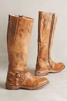Distressed riding boot by Bed Stu.