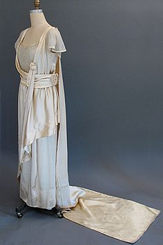 1918 wedding dress