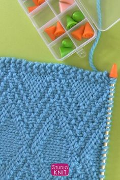 Knitting Needle Point Protectors help prevent knitting mistakes by keeping stitches securely on your needles. #StudioKnit #knitting #knittingtools Easy Knitting, Knitting Stitches, Knitting Needles, Little Stitch, Knitting Supplies, Yarn Shop, Mistakes, Needlepoint, Stitch Patterns