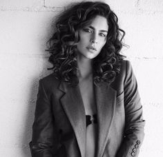 please enjoy these pictures of nadia hilker being gorgeous and amazing: thank u for ur time Post Apocalyptic Series, Nadia Hilker, Beautiful People, Most Beautiful, Becoming A Model, Celebrity Pictures, Beautiful Actresses, Celebrity Crush, Naturally Curly
